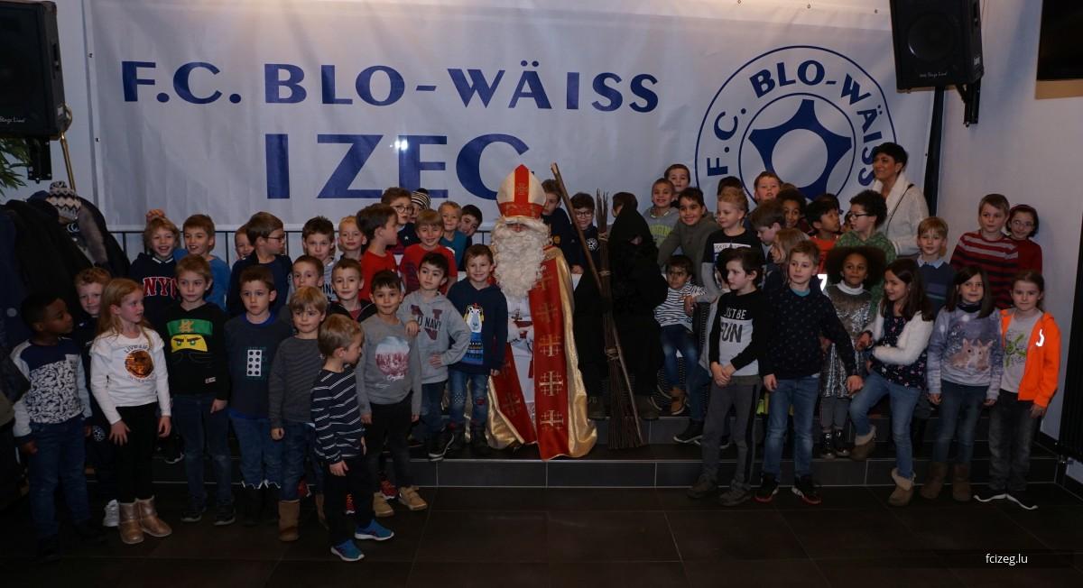 De Kleeschen beim FC Blo-Wäiss Izeg