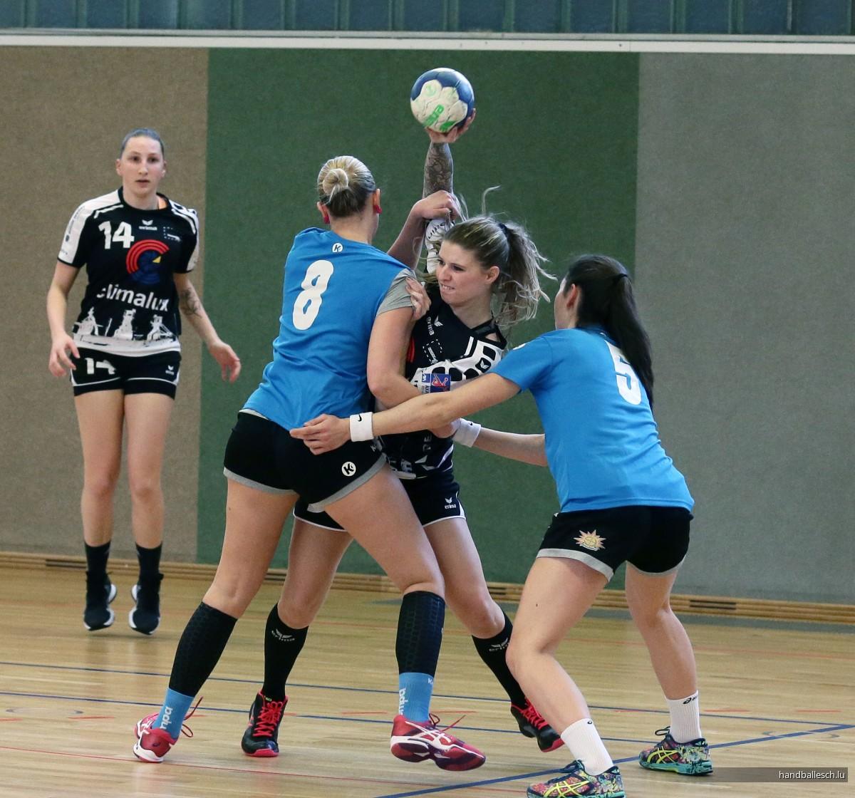 Fotoen//16.02.2020//Dammen: Handball Esch - HC de Bure (Frëndschaftsmatch)