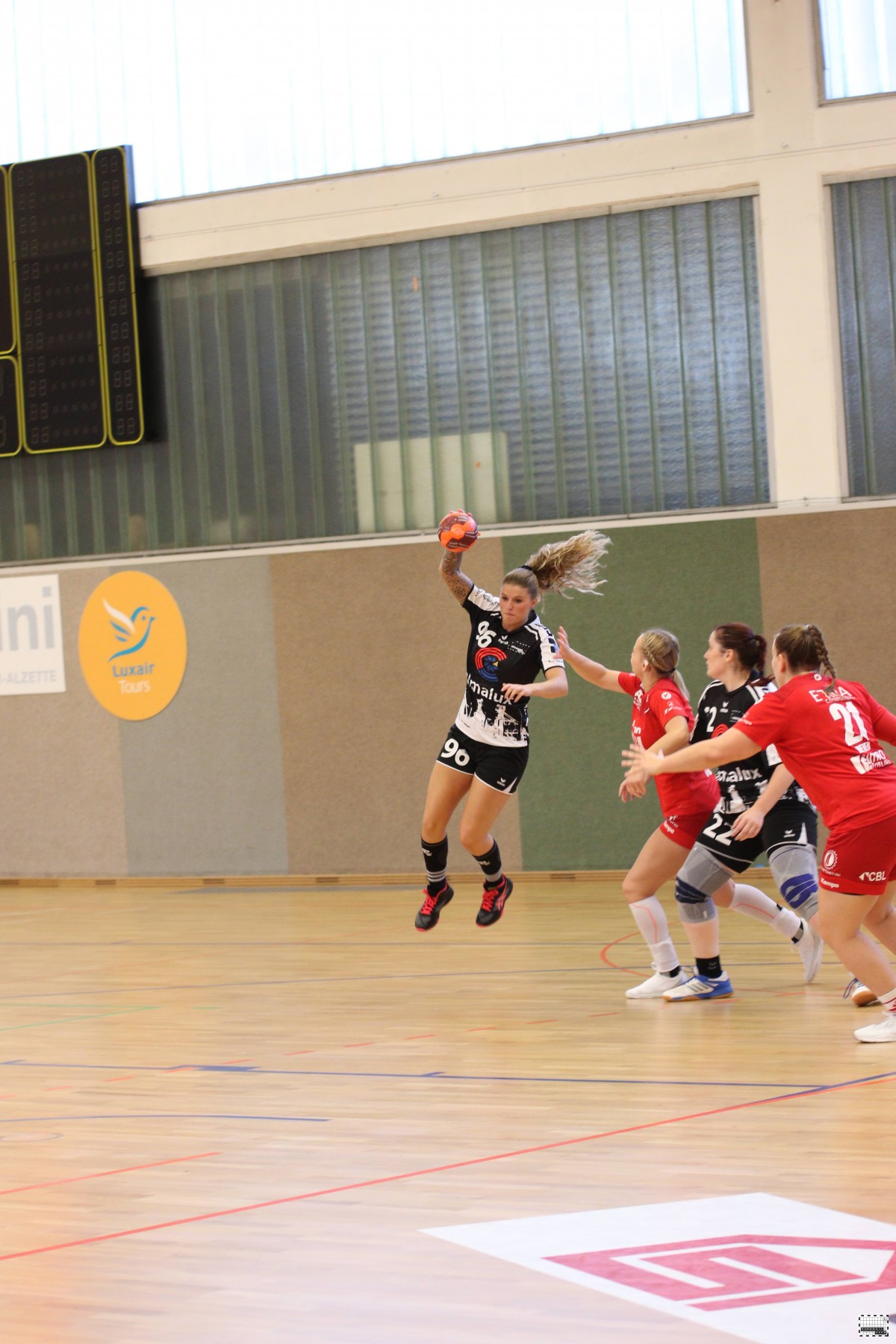 10.10.2020 D1: Handball Esch 19 - 29 Red Boys Déifferdeng