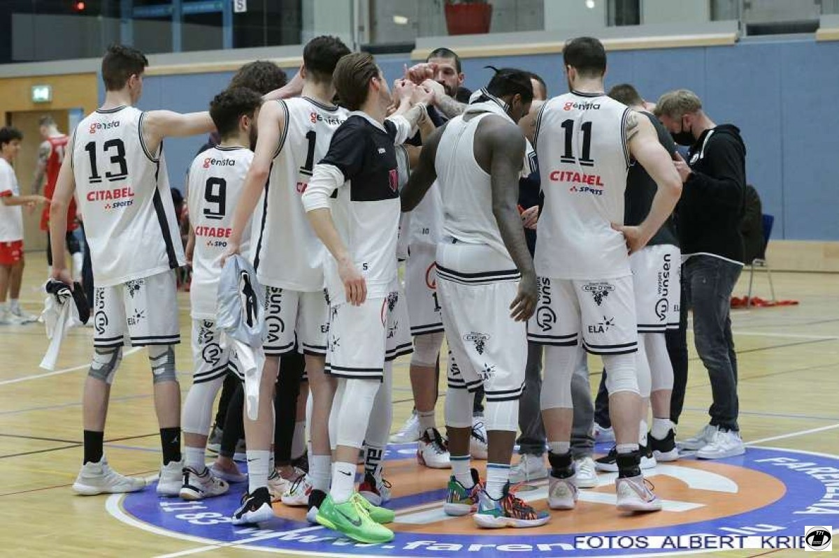 Men: T71-Musel Pikes 97-61