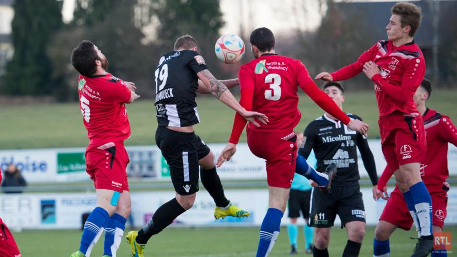 U.N. Käerjéng 97 vs. FC Déifferdéng 03 (04.12.2016)