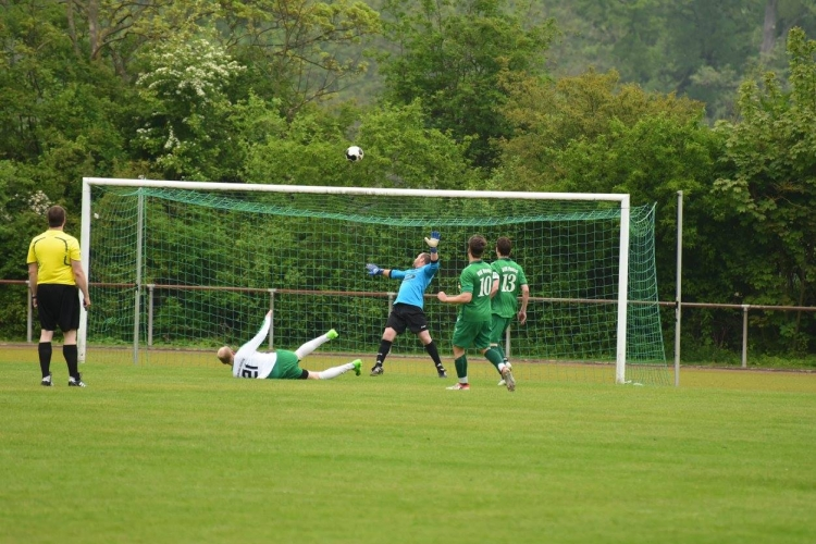 VfR 06 Neuss vs. DJK Germania Hoisten (07.05.2017)