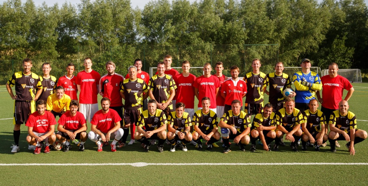 Fussballmatch Pikes-URB