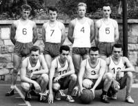 Photo 1.Equipe 1956.jpg