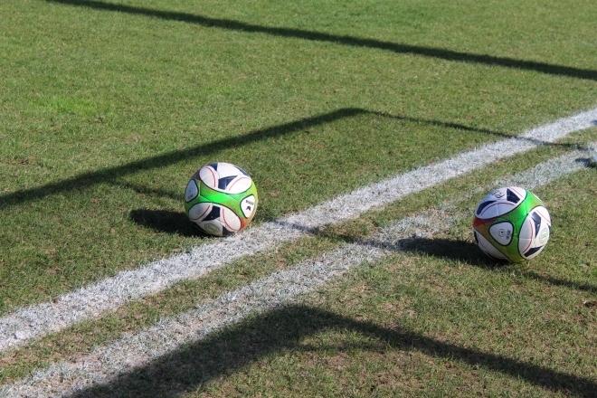 Info: Dëschtennis amplaz vum Fussball