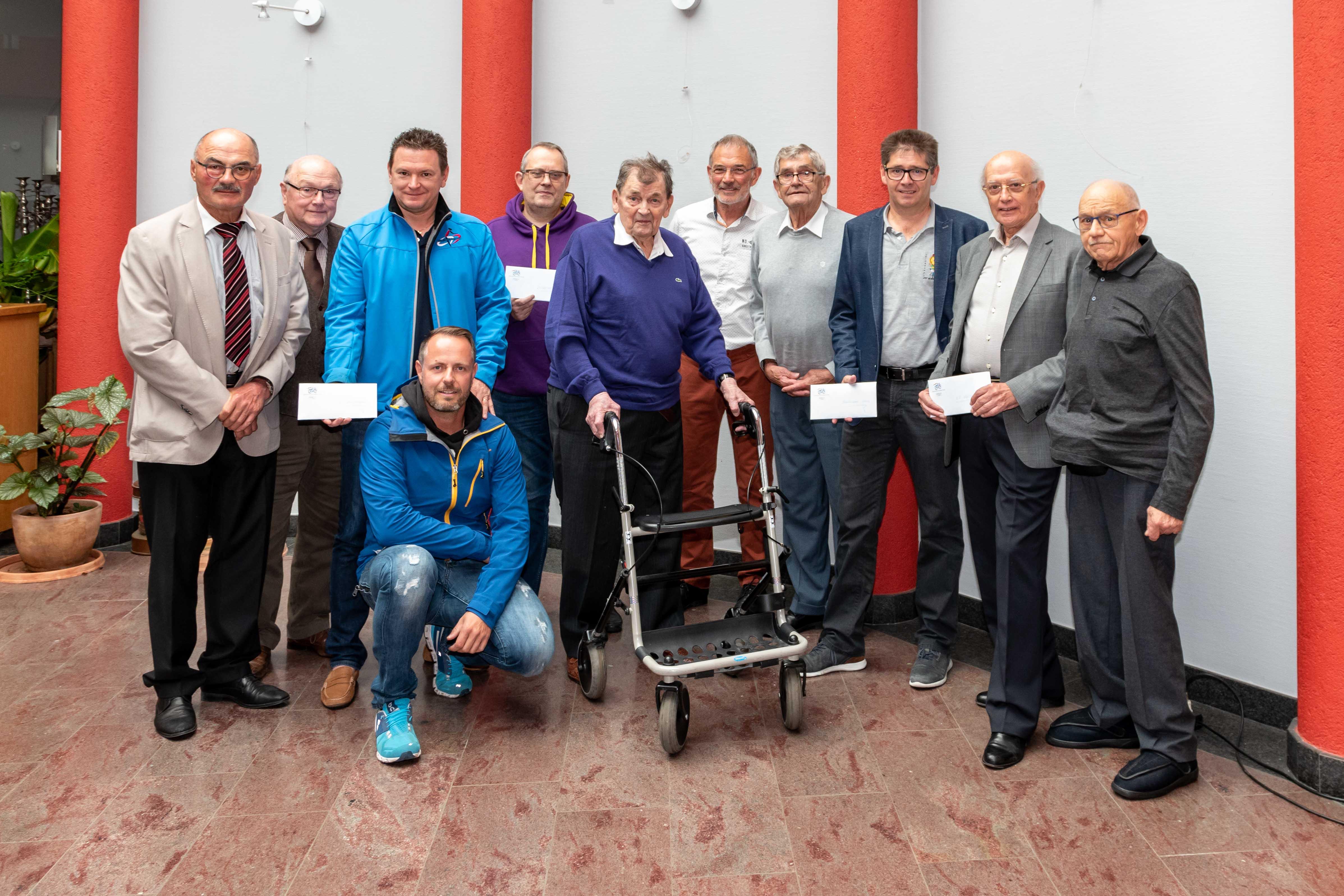 Amicale des Anciens Coureurs ënnerstëtzt d'Vëlosschoulen