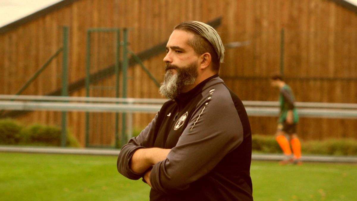 Jorge Freitas bleift Trainer