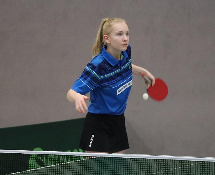 Lisa Göbecke startet beim DTTB Top 12 Turnier in Lehrte