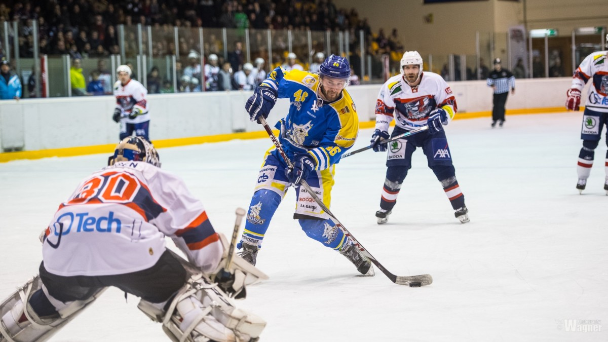 Tornado lead the series 6-5 after the first 60 minutes / Tornado féiert d'Serie 6-5 no den éischten 60 Minutten.
