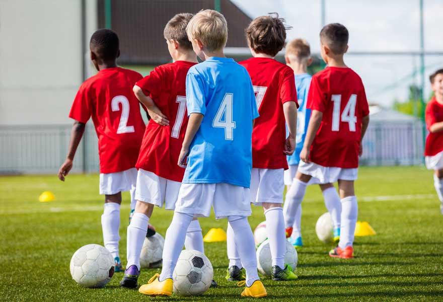 Den FC Wooltz 71 sicht  engagéiert, motivéiert  Trainer fir seng Jugendequipen.