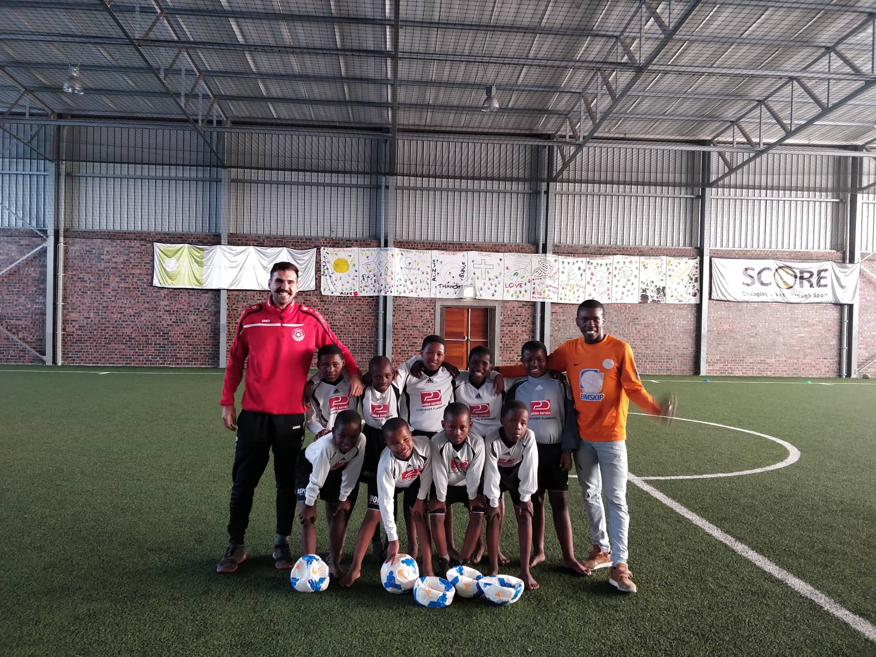 Den FC47 ënnerstëtzt Jugendéquipe an Südafrika
