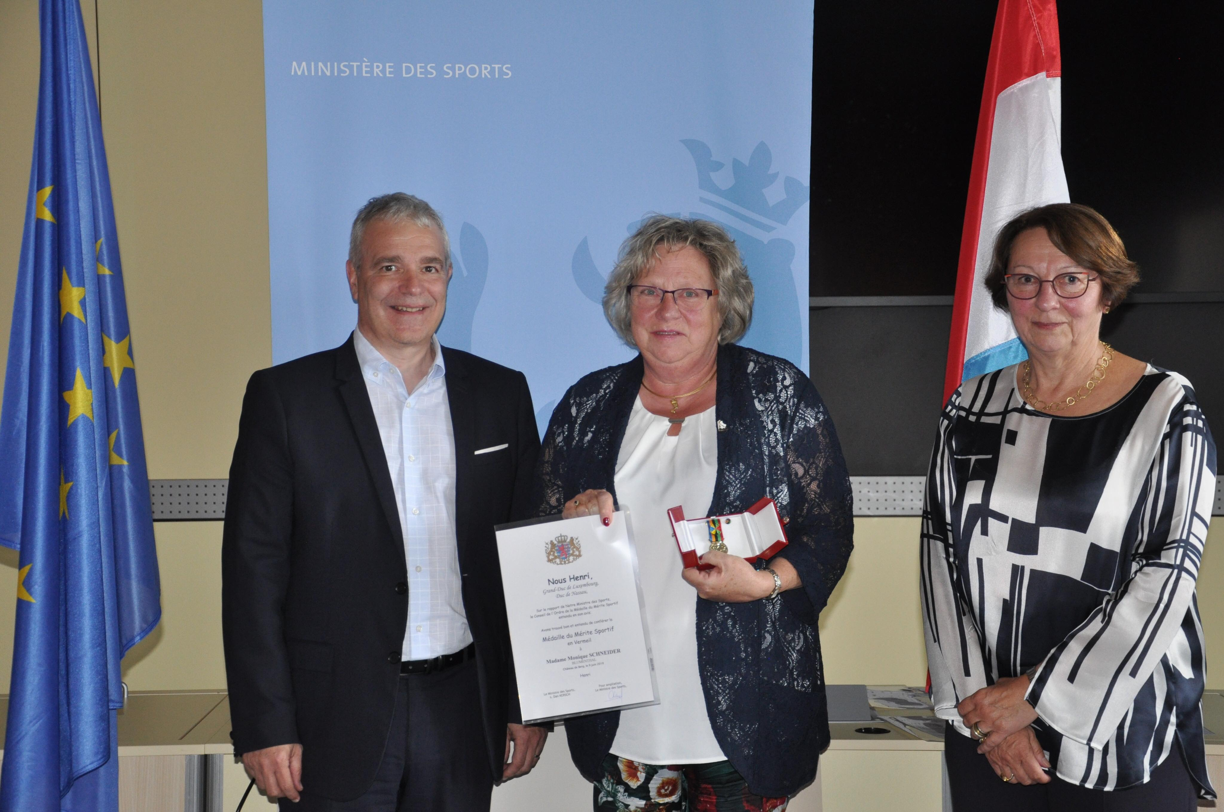 Monique Scheier awarded