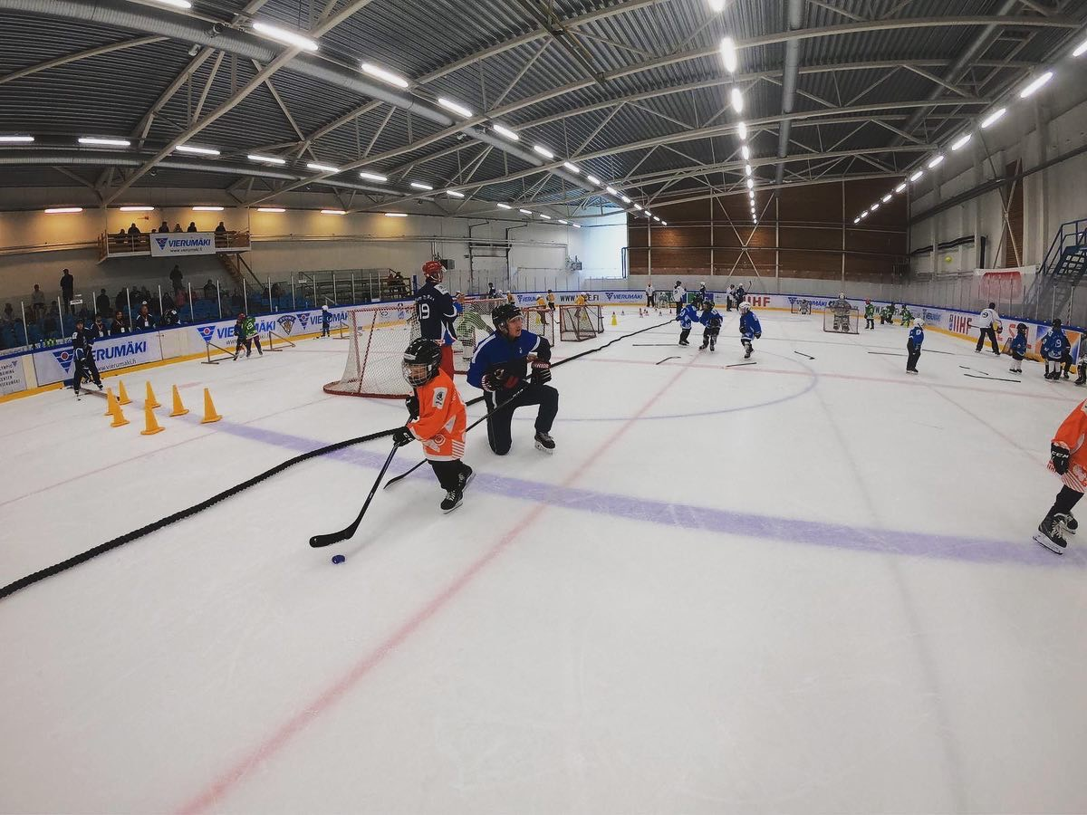 Learn-to-play clinic