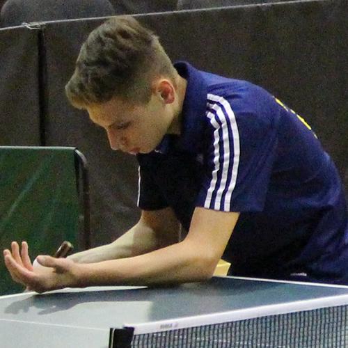 Simon Frank qualifiziert sich für das Top 24 Turnier