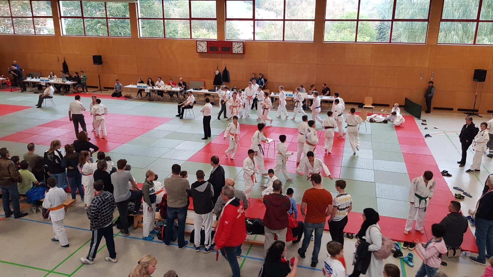 Bericht der Saarlandmeisterschaft U10/U12 und U15 in der Sport Arena
