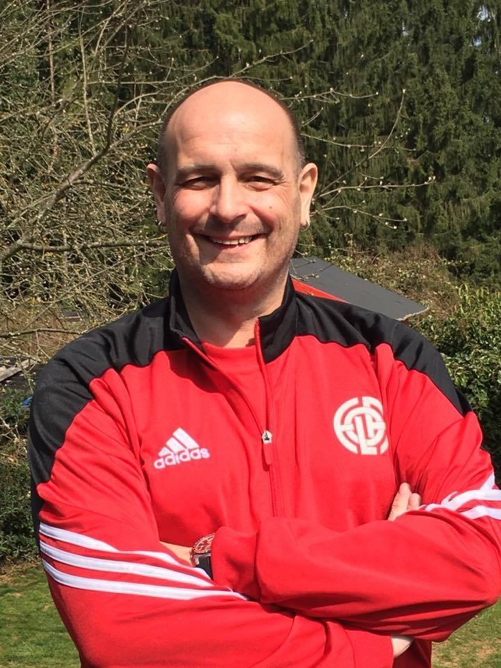 Den CS FOLA trauert em sein Jugengoalkeepertrainer den Claude Breit. RIP Claude