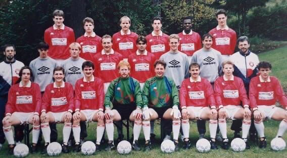 1993-1994: Wiederaufstieg mit nur vier Niederlagen in 28 Begegnungen