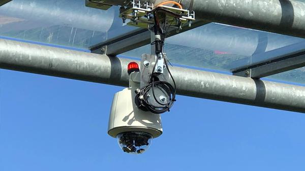 Livestream-Kamera installéiert