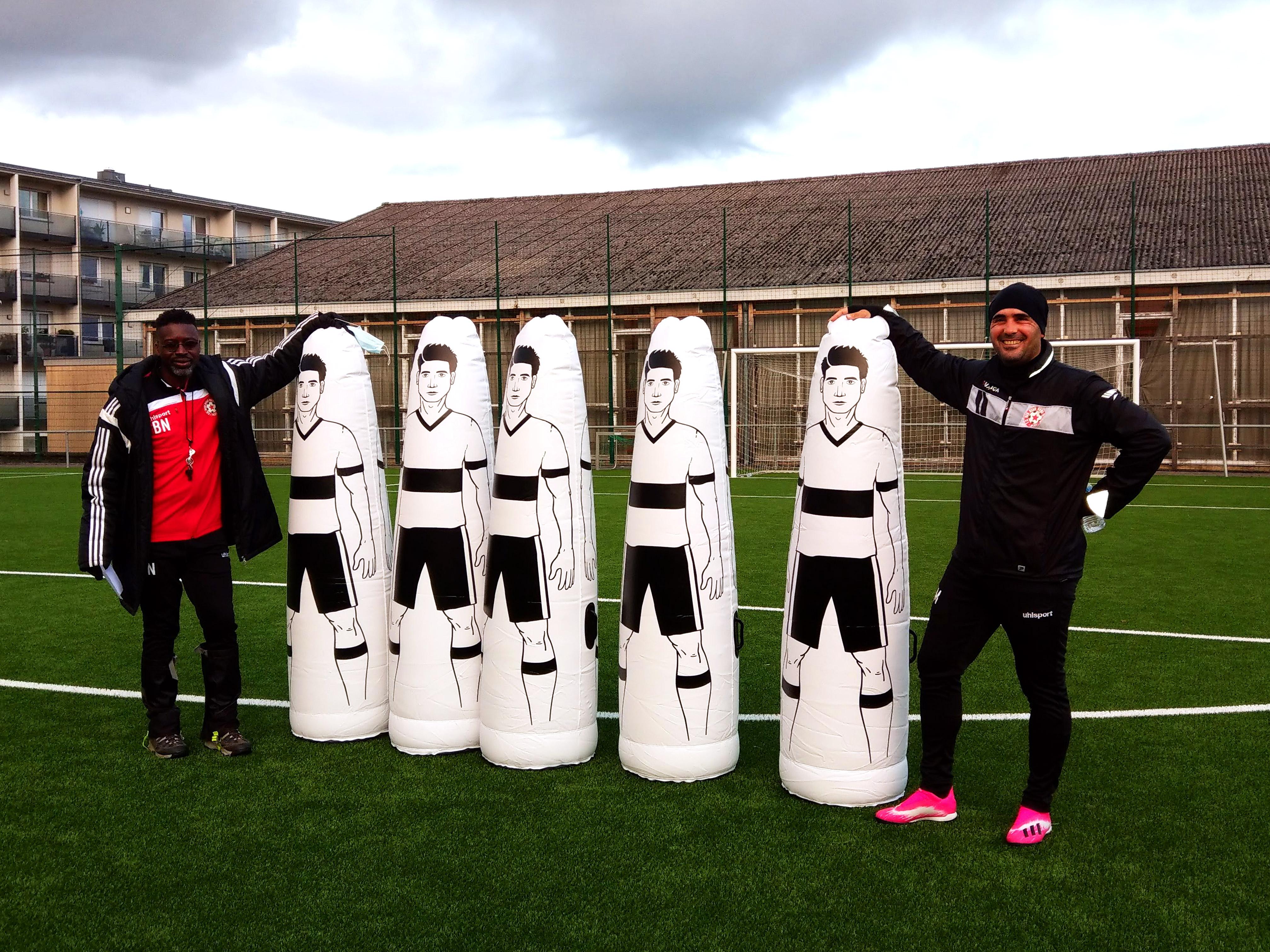 Mo et Bocar ont accueilli aujourd'hui cinq nouveaux joueurs