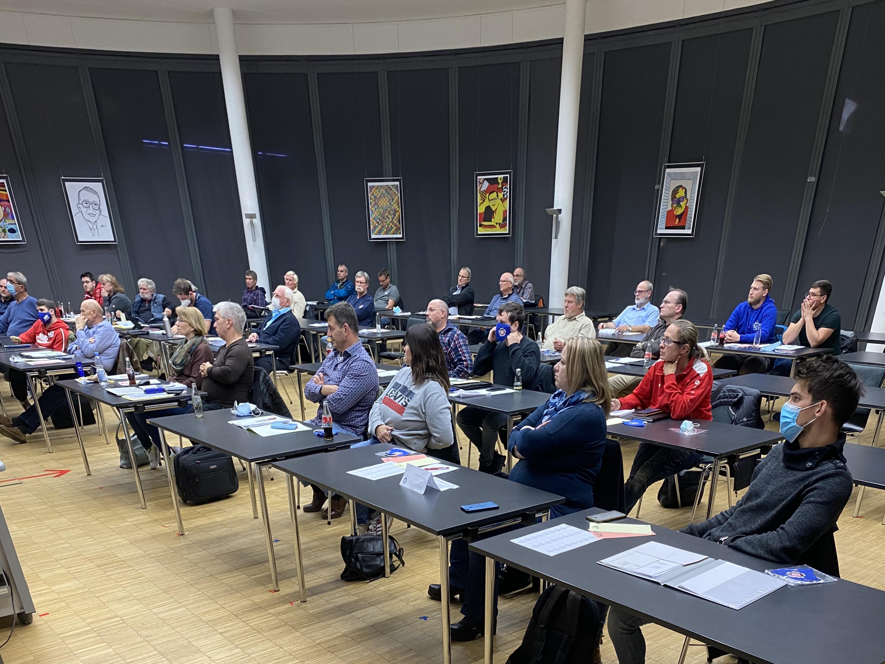 Mitgliederversammlung lobt Arbeit des SJB-Vorstandes