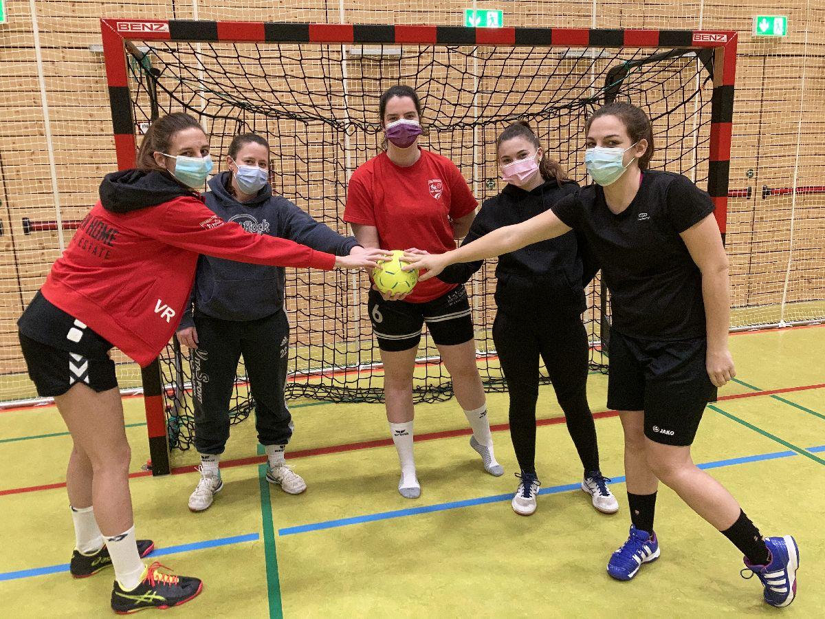 Ball-Sponsoring by Garage Weis-Schon vu Mënsbech