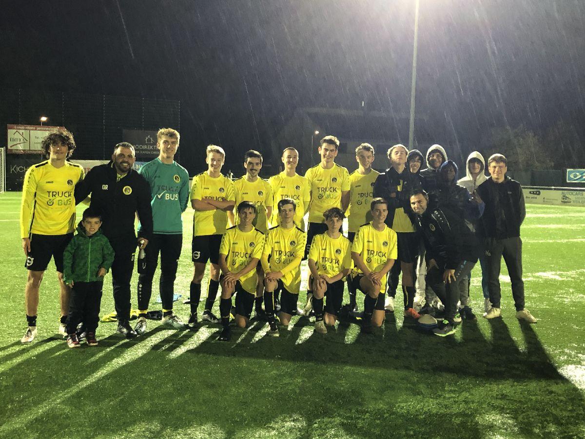 Derby gewonnen 3–1 géngt Izeg.